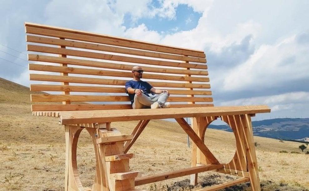 La panchina gigante di Biccari per ammirare il panorama dal Tetto della Puglia